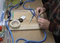 Jak naprawić w terenie zerwaną linę - syntetyk i stalówka